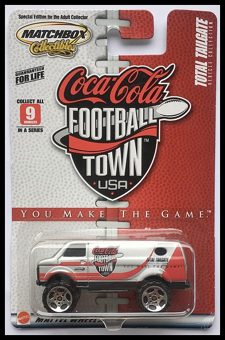 MB102-4x4 CHEVY VAN(Coca Cola Football Town USA).JPG
