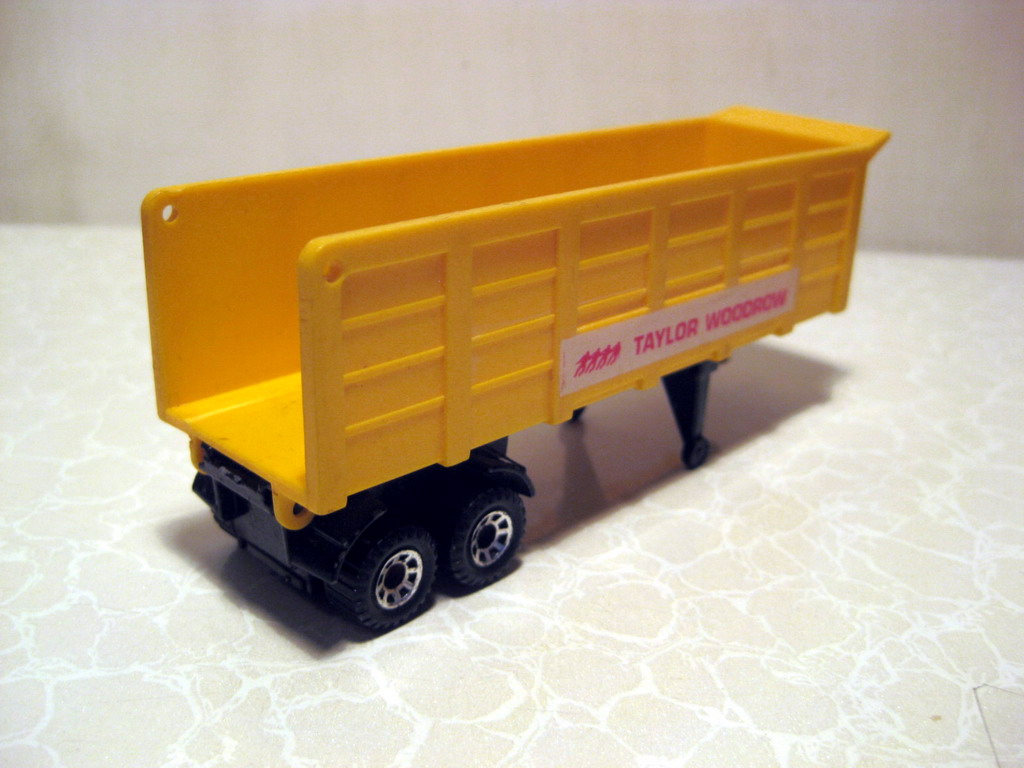 Kenworth Tipper Taylor WoodrowE.jpg